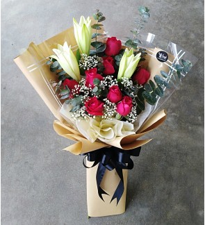 Lilies and Roses Hand Bouquet