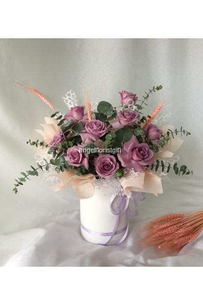 Mila Purple Roses